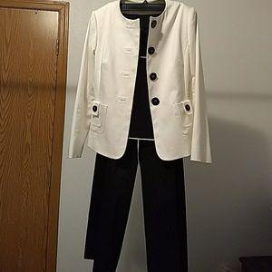 Tahari white/black 3 pcs suit